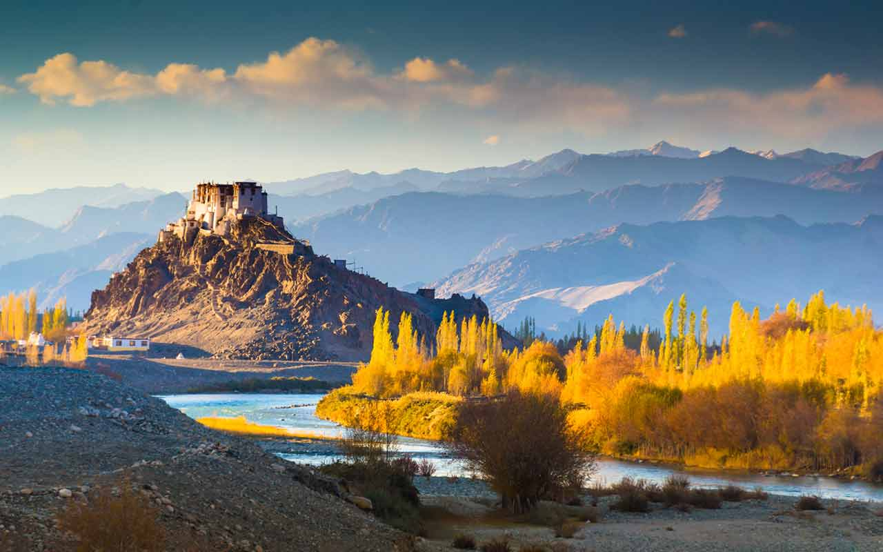 Exotic Kashmir Tour Package – 7 Days and 6 Nights - Tourastic